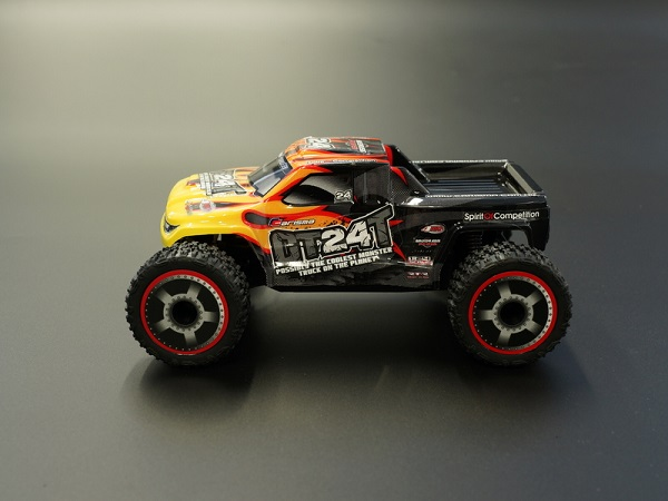 Carisma RTR GT24T 1_24 4wd Micro Monster Truck (8)
