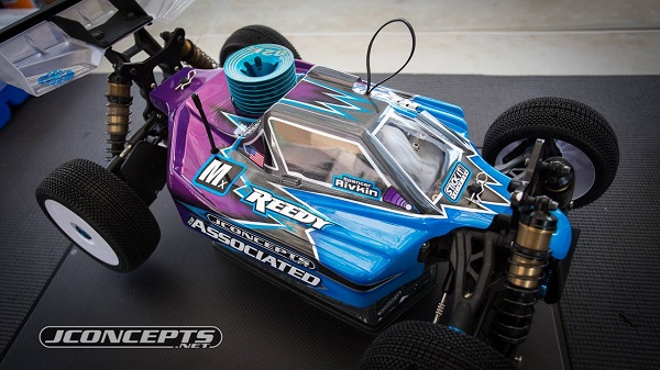 Product Debut JConcepts Strike 2 Body For the Team Associated RC8B3 (1)