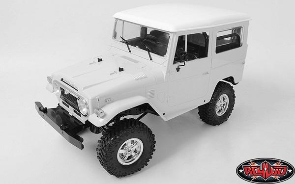 RC4WD Mickey Thompson Street Comp SC-5 1.9 Beadlock Wheels (Hyper Silver) (7)