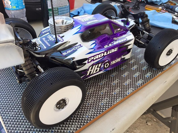 Spotted Pro-Line Predator Body And Fugitive 2.0 Tires