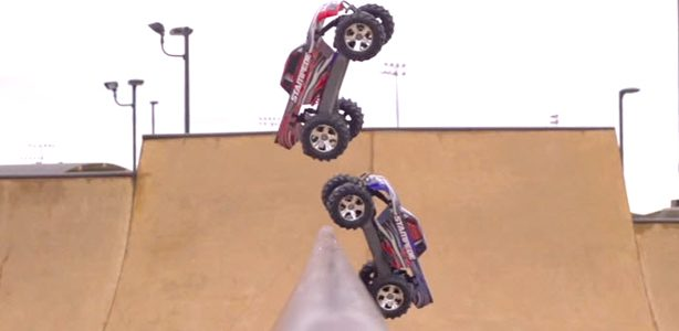 "VIDEO: ""Free For All"" With Traxxas Stampede 4X4s"