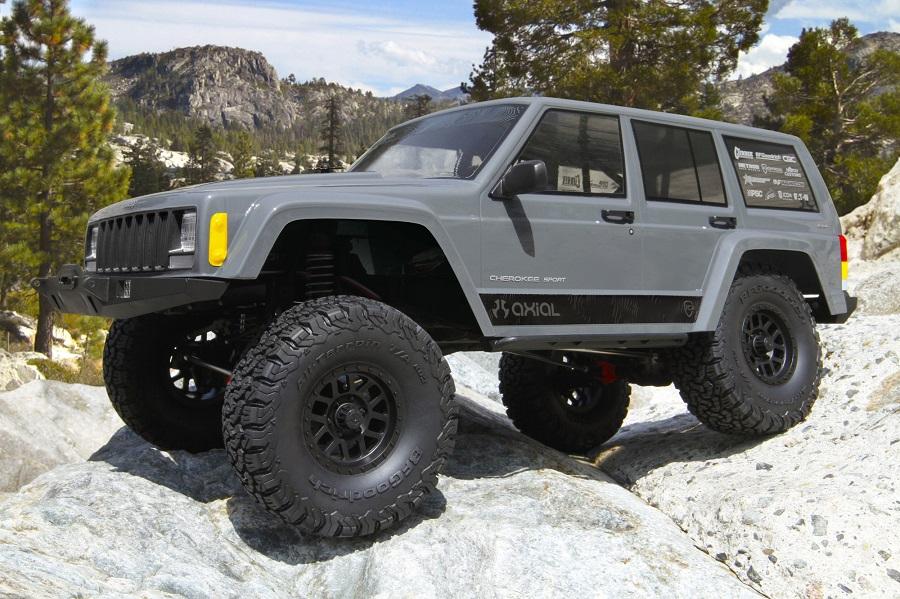 Axial RTR SCX10 II 2000 Jeep Cherokee (1)