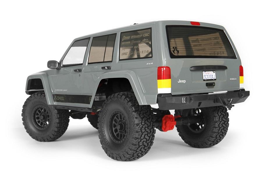 Axial RTR SCX10 II 2000 Jeep Cherokee (3)