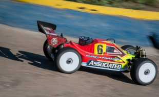 Neil's prototype Team Associated RC8B3 running strong at the 2014 IFMAR Worlds in Italy.