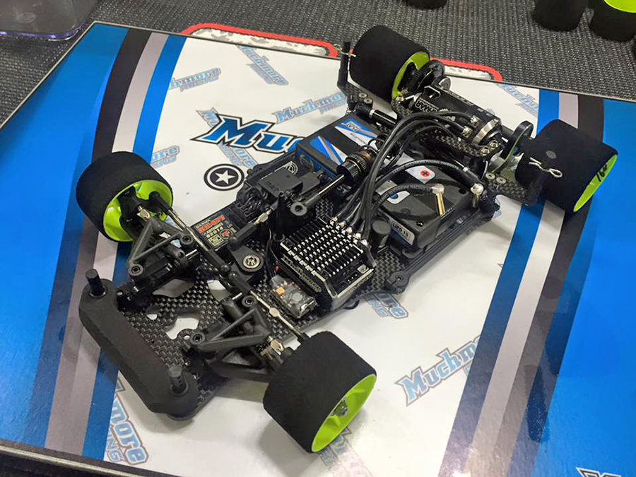 The car Mar Rheinard is currently testing with as he prepares for the Worlds in China. The Yokomo YRX12 has a new chassis than its predecessor and includes the changing of carbon fiber material and shape designed to increase stiffness.