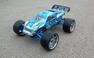 Traxxas Revo by Greg Simpson [READER'S RIDE]