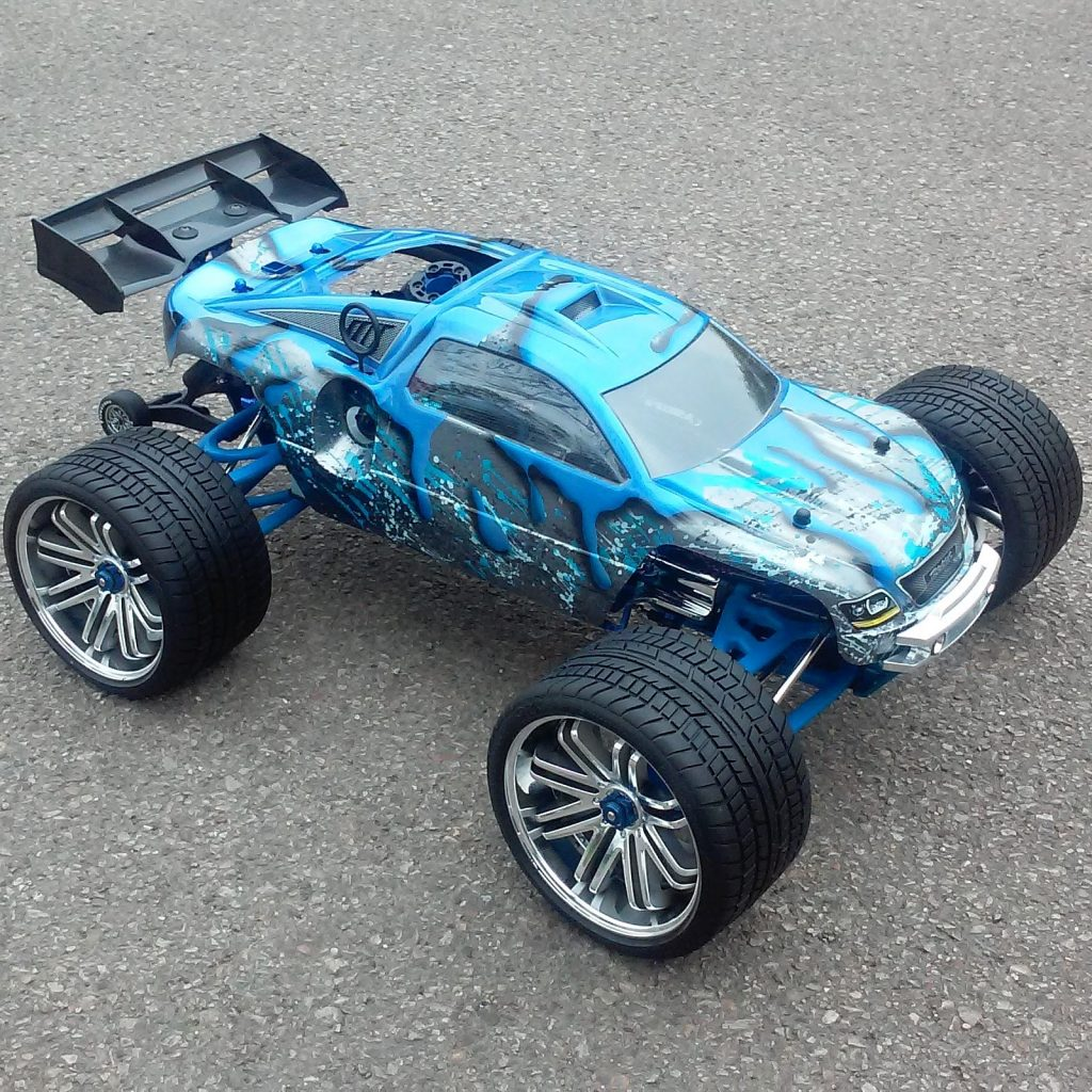 Rc Car Action: Traxxas Revo By Greg Simpson [READER'S RIDE]