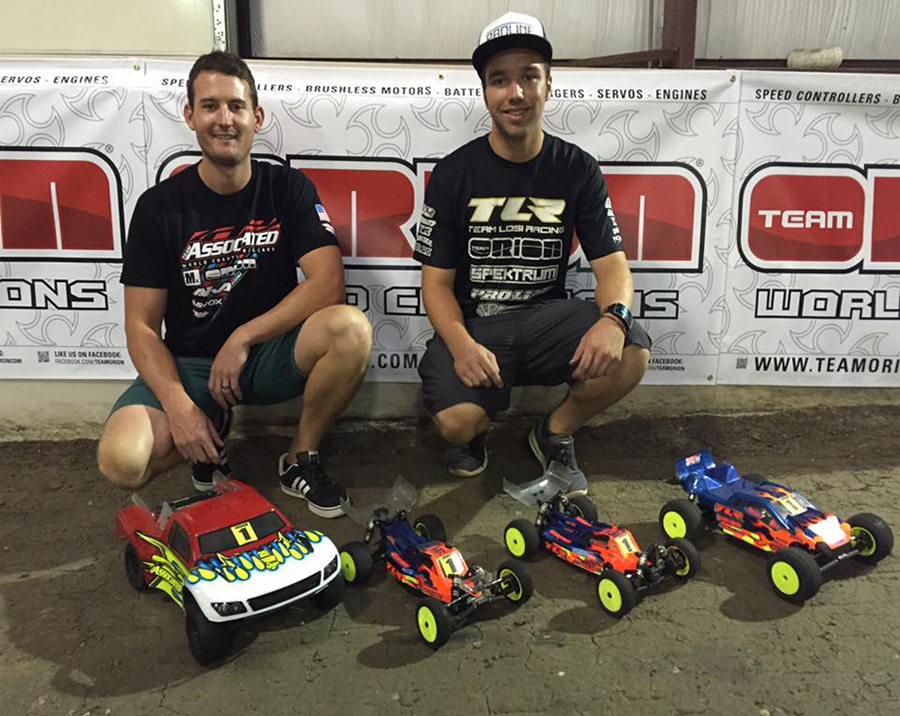 TLR's Dakotah Phend (right) put in a dominating performnce to grab TQ in 3 of the 4 modified classes leaving Team Associated's Ryan Cavalieri with the TQ in 2WD short-course truck.