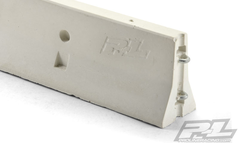 Pro-Line True Scale Concrete 1_10 K-Rail (2)