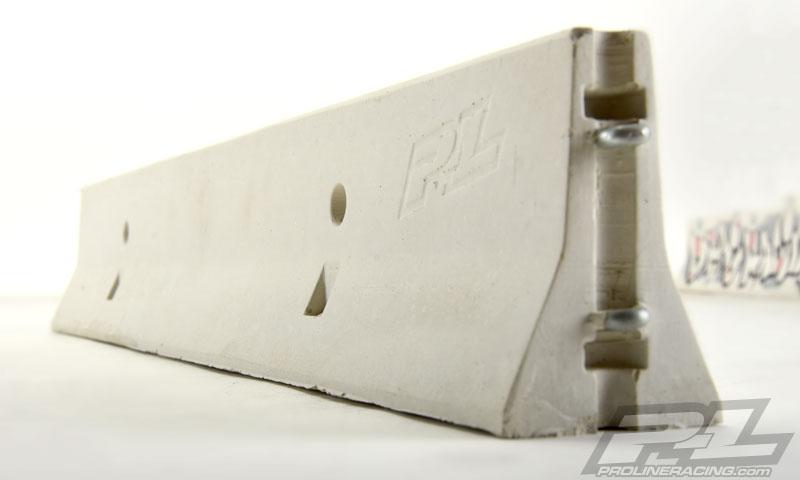 Pro-Line True Scale Concrete 1_10 K-Rail (3)
