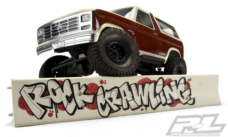 Pro-Line True Scale Concrete 1_10 K-Rail (6)