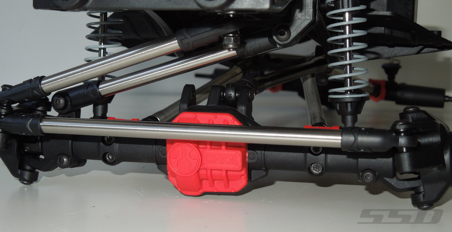 SSD HD Titanium Steering Links For The SCX10 II (3)
