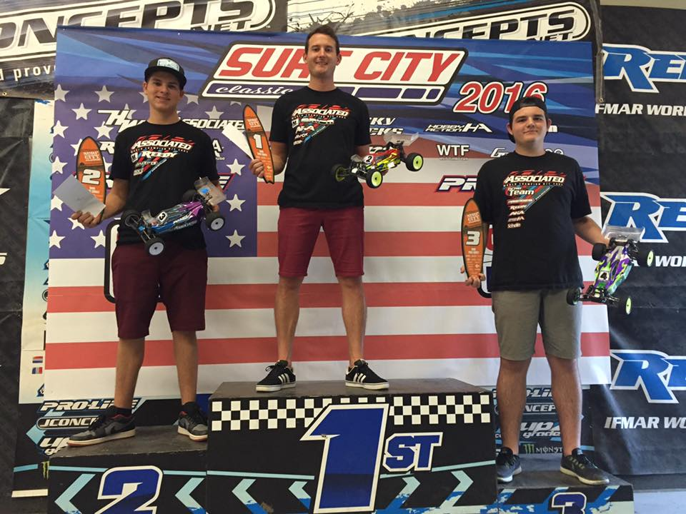 2WD buggy podium (left to right): Spencer Rivkin/Team Associated 2nd, Ryan Cavalieri/ Team Associated 1st, Ashe Deering/ Team Associated 3rd