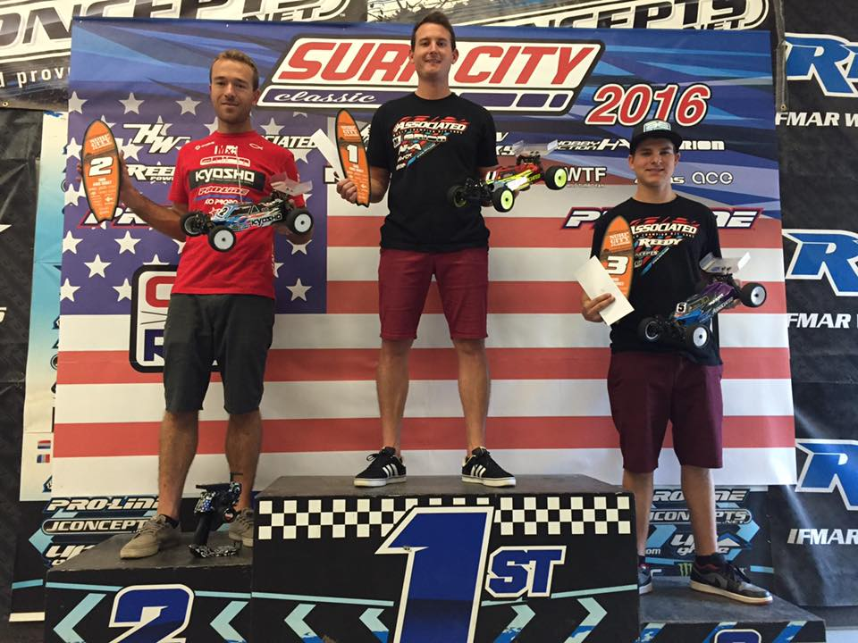 4WD Buggy podium (left to right): Jared Tebo/ Kyosho 2nd, Ryan Cavlieri/ Team Associated 1st, Spencer Rivkin/ Team Associated 3rd.