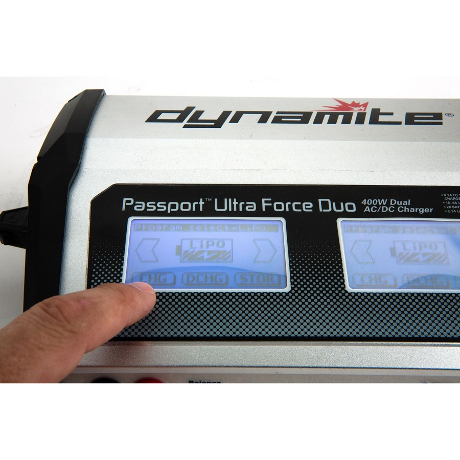 dynamite-rc-passport-duo-400w-dual-ac_dc-touch-charger-7