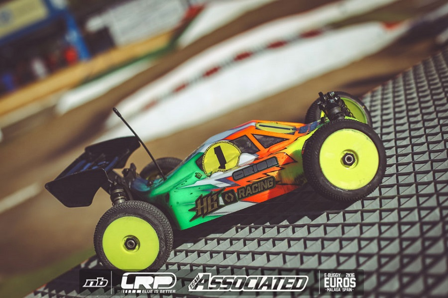 hb-racing-e817-1_8-electric-4wd-buggy-2