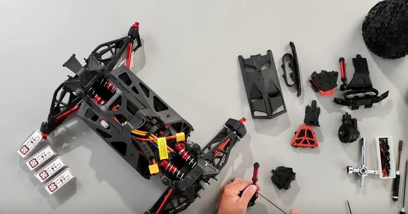 how-to-install-arrma-nero-differentials