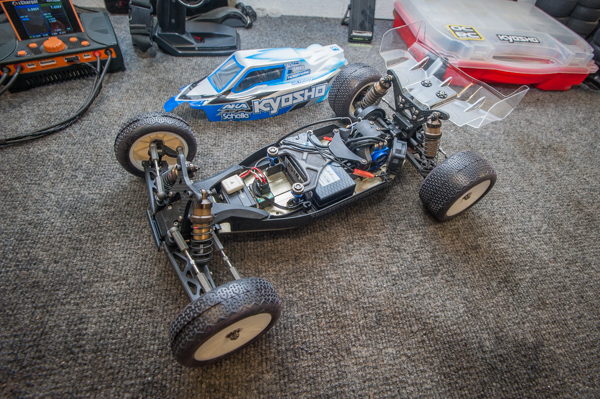The RB6.6 is Kyosho's newest 2WD buggy and provides users with all sorts of transmission layout options. Jason runs his with the 3-gear laydown transmission.