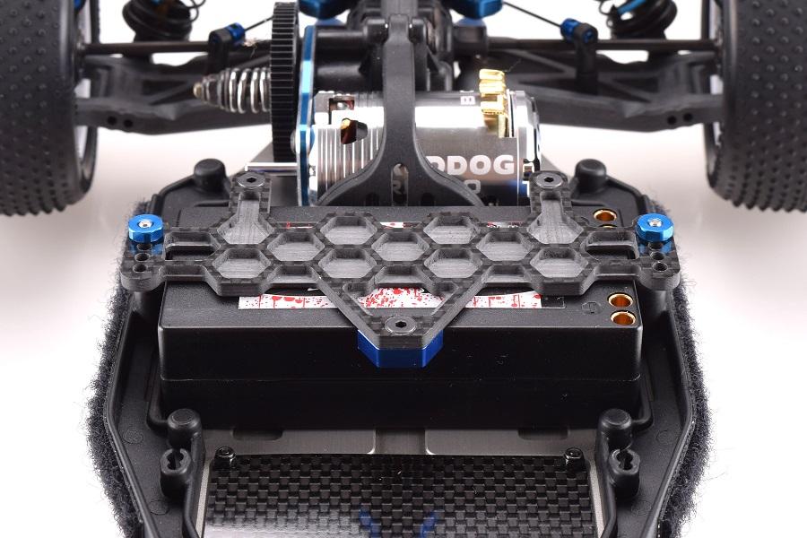 revolution-design-racing-products-b6-carbon-fiber-battery-plate-4