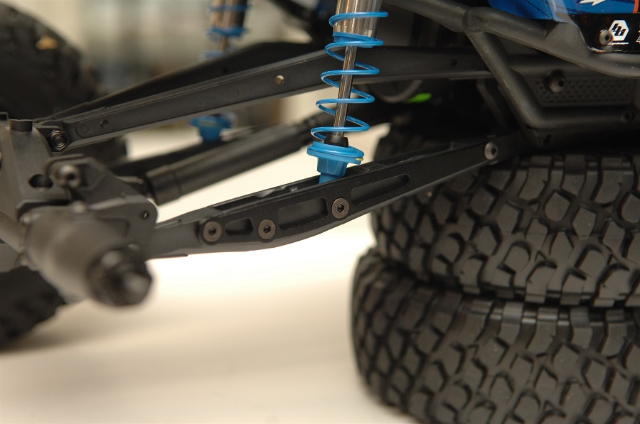 strc-option-parts-for-the-axial-smt10-yeti-and-rr10-bomber-1