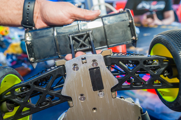 The rear end featiures a new block that helps to shim the arms back if needed helping to alleviate some of the dogbone sweep- better for rough areas on the track.
