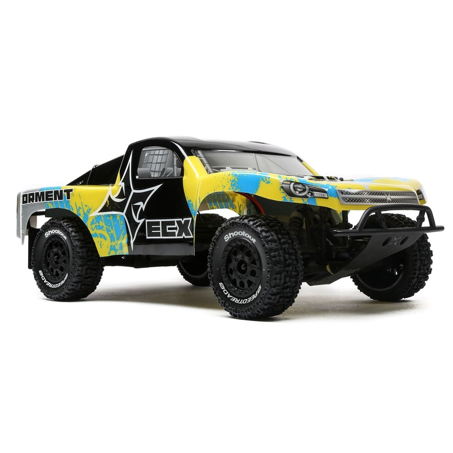 ecx-updates-trucks-with-new-body-electronics-14
