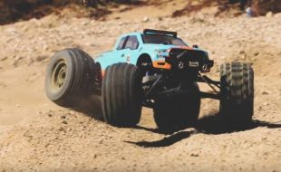 Pro-Line Badlands MX38 Monster Truck Tire [VIDEO]