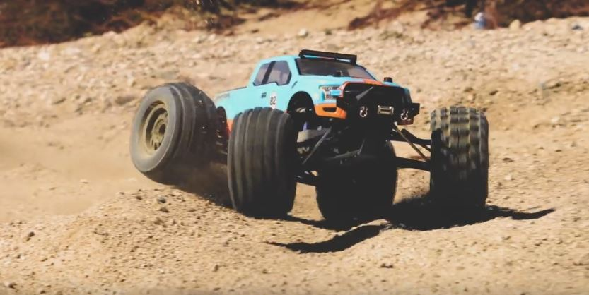 pro-line-badlands-mx38-monster-truck-tire