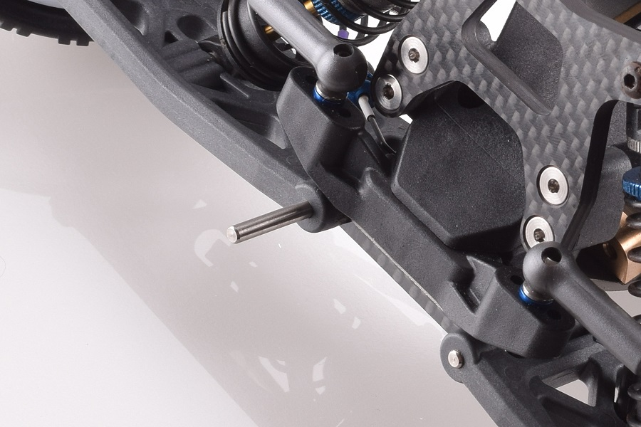 revolution-design-b6-titanium-hinge-pin-set-2
