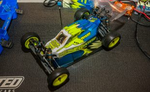 The nicely equipped Team Associated B6D that was given.