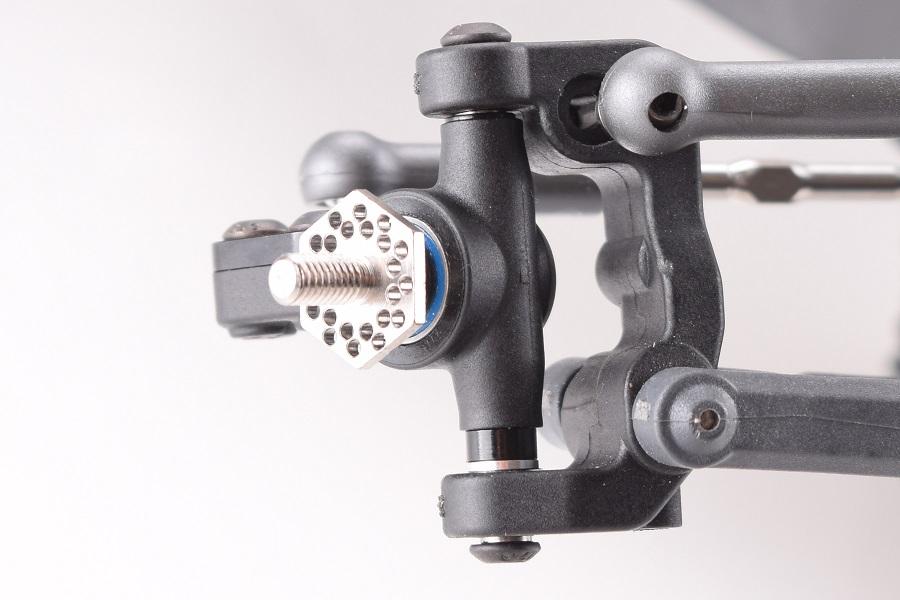 rdrp-b6-titanium-front-axle-set-2