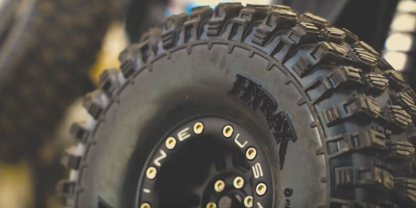 pro-line-hyrax-2-2-rock-racing-tire