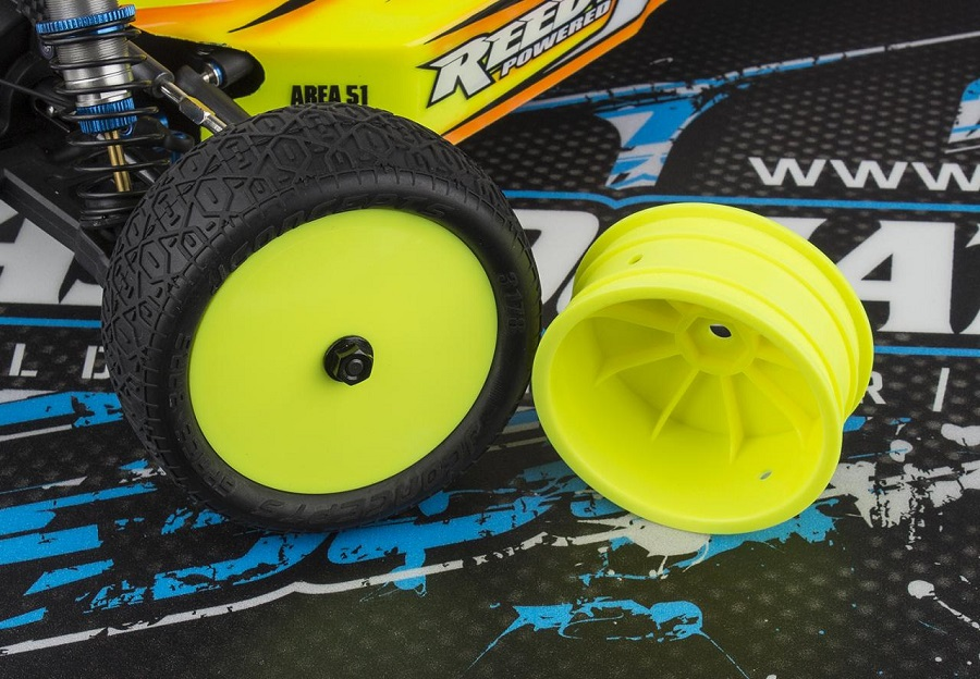 team-associated-12mm-hex-4wd-2-2-front-wheels-4