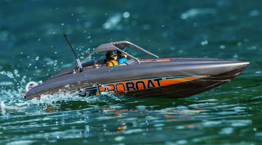 Pro Boat RTR 23 River Jet Boat (1)