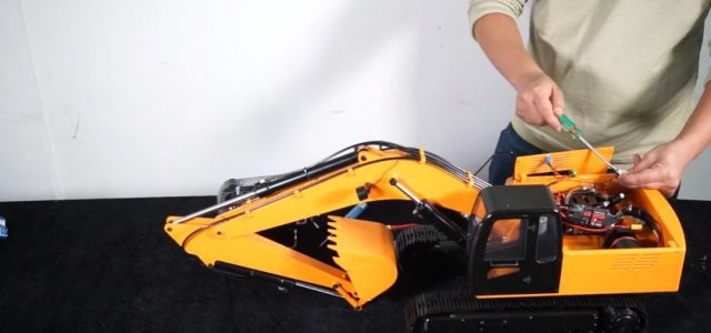 RC4WD RTR 1/12 Earth Digger 4200XL Excavator [VIDEO]