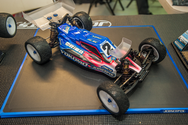 The F2 is also configured for the Yokomo YZ-2.