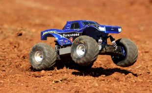 Sneak Peek: Project Traxxas Bigfoot 4×4 [VIDEO]