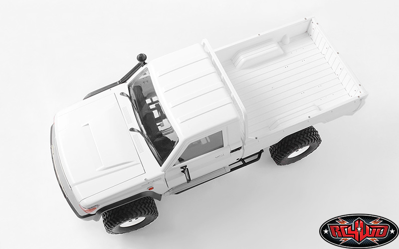 RC4WD TF2 LWB With Land Cruiser LC70 Body (2)