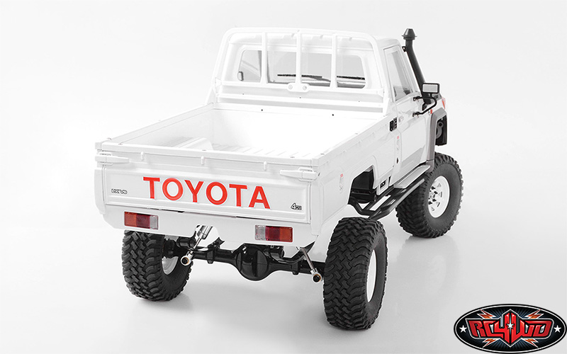 RC4WD TF2 LWB With Land Cruiser LC70 Body (4)