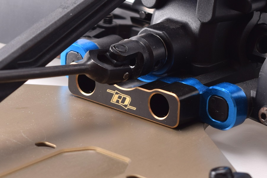 RDRP Brass Rear Weight For The Team Associated RC8B3 (2)