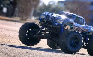 Traxxas 8s X-Maxx Extreme Power [VIDEO]