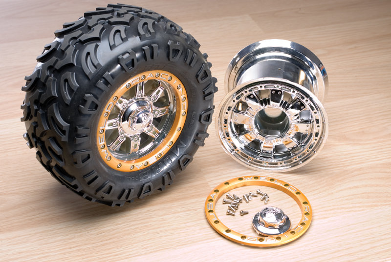 Pro-Line's Commando Bead-Loc wheel is shown here.