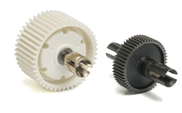 Here's a typical gear differential from a Tamiya car (left) and a ball differential from Team Associated.
