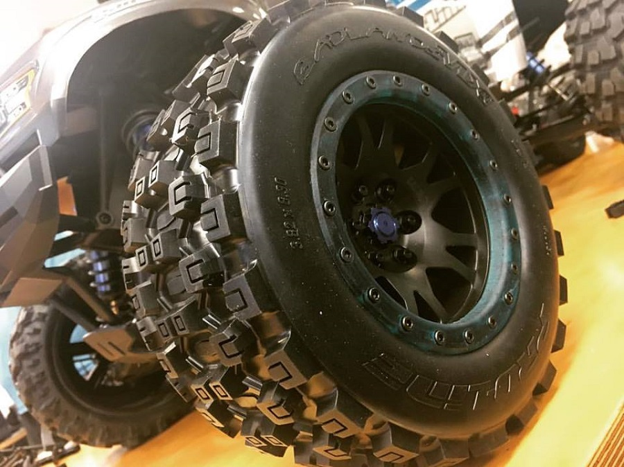 Pro-Line Traxxas X-Maxx Wheels And Tires