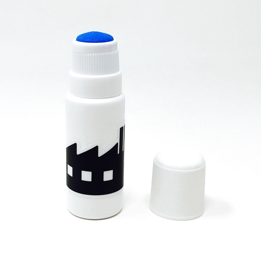Black Fabrica Traction Additive Applicator Bottle (1)