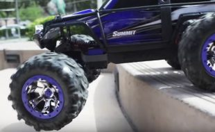 Escaping The City With The Traxxas Summit [VIDEO]