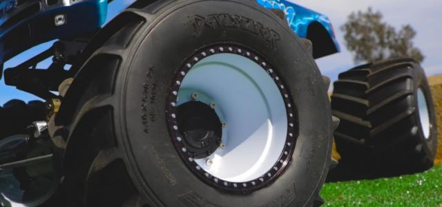 Pro-Line Devastator Solid Axle Monster Truck Tire [VIDEO]