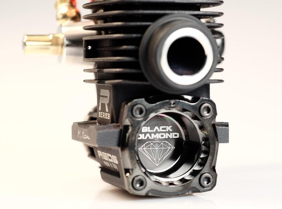 REDS WR7 Diamond Edition Nitro Engine (2)