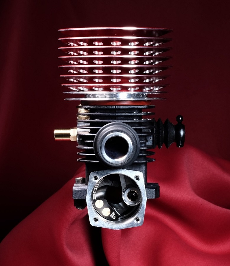 REDS WR7 Diamond Edition Nitro Engine (4)