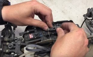 How To: Align Servo Horns With Mugen's Adam Drake [VIDEO]